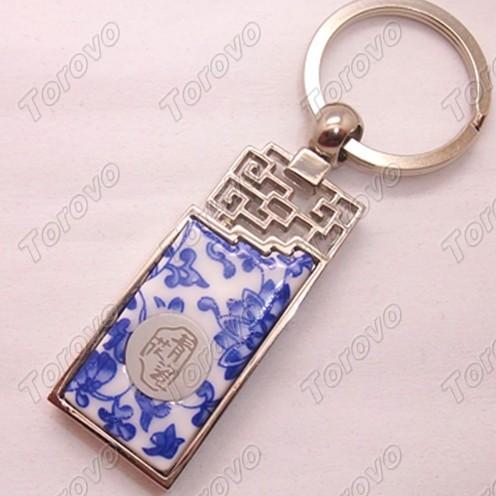 经典窗棱镂空设计青花瓷钥匙扣U盘
