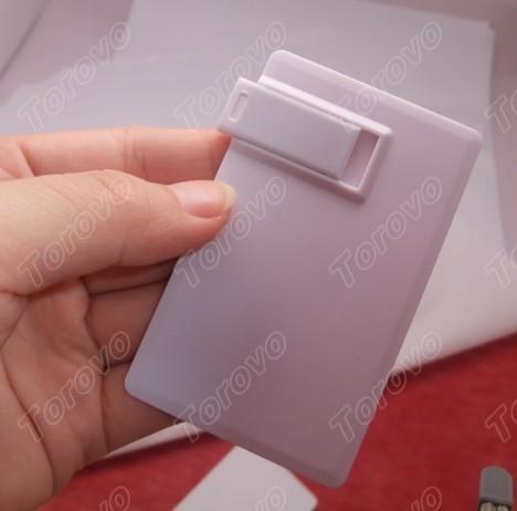 放置钱包里的商务卡片U盘随身携带